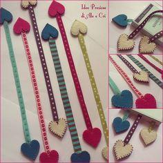 """Segnalibro / bookmark """"Idee Preziose di Ale e Cri"""" Felt Bookmark, Bookmark Craft, Diy Bookmarks, Ribbon Bookmarks, Felt Diy, Felt Crafts, Fabric Crafts, Sewing Crafts, Sewing Projects"""