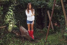 Day Outfit duck boots 29 ideas duck boats outfit rainy day summer for 2019 29 ideas duck boats outfit rainy day summer for 2019 Red Hunter Boots, Hunter Boots Outfit, Hunter Wellies, Red Boots, J Crew Outfits, Baby Outfits, Rainy Day Fashion, Duck Boots, Cowgirl Boots