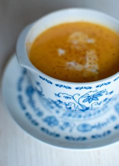 Cream of pumpkin soup (coconut milk, garlic, onion, chili pepper, ginger, nutmeg and vegetable stock)