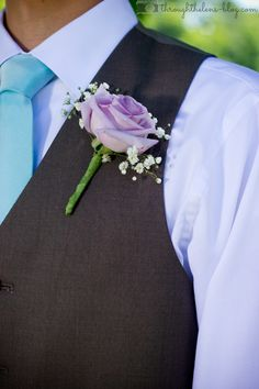 Mint and Lavender Wedding- Lavender Grooms Boutonniere