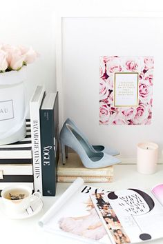 // girly office decor even though I don't have any, I desperately want all of it