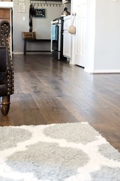 installed-pergo-outlast-vintage-tabacco-oak-flooring