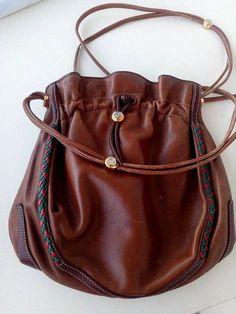 ab8d1d8dac34 309 Best Vintage Gucci bags images in 2019 | Gucci handbags, Vintage ...