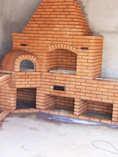 Churrasqueira com Forno com Forno Brick Bbq, Four A Pizza, Stove Fireplace, Backyard Patio, Modern Bedroom, Interior Design Living Room, Sweet Home, House Styles, Outdoor Decor
