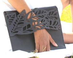 Leather-clutch/leather handbag/iPad sleeve
