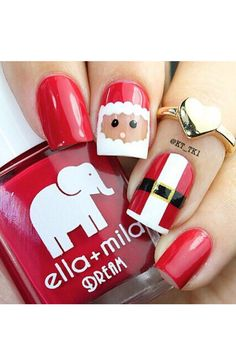 We love these festive #Christmas #nails! #beauty #mani