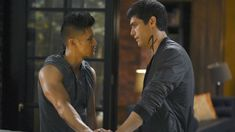 "Shadowhunters Executive Producer Michael Reisz on the Art of Adapting ""Malec"" and What to Expect in Season Two"
