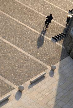 Davide Spreafico, Davide Maggioni , Enrico Curti — Riqualificazione e arredo urbano di Piazza 15 Martiri.
