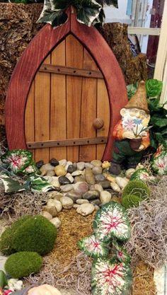 déco de jardin, porte dentrée pour votre jardin, maison de nains ...