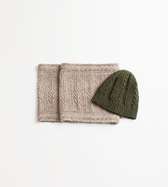 Bough Hat and Cowl Set