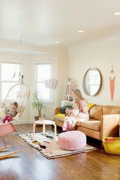 Amazing Family Friendly Living Room Idea (45)