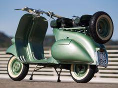 1952 Vespa 125 - 'Faro Basso' | Classic Driver Market