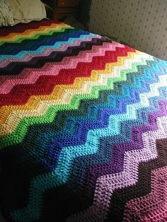 Ideas For Crochet Heart Blanket Ripple Afghan Chevron Crochet Blanket Pattern, Crochet Ripple Afghan, Crochet Ripple Blanket, Crochet Quilt, Chevron Blanket, Crochet Blankets, Afghan Crochet Patterns, Knitting Patterns, Crochet Crafts