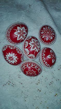 Funny Eggs, Easter Egg Designs, Ukrainian Easter Eggs, Diy Craft Projects, Crafts, Valentines Art, Wood Burning Art, Make Pictures, Egg Art