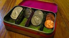 Altoids tins: a MacGyver Challenge Winner: Sort Your Change in Style With an Altoids Tin Diy Projects To Try, Craft Projects, Craft Ideas, Metal Projects, Fun Ideas, Sewing Projects, Diy And Crafts, Arts And Crafts, Recycle Crafts