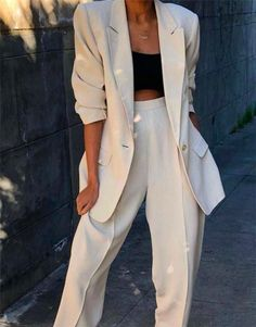 Lady Women Suits Set 2019 Spring and Autumn White Peak Lapel Slim Professional 2 Piece Set Suit Womens Pantsuit Customi Made Prom Outfits, Blazer Outfits, Mode Outfits, Cute Casual Outfits, Chic Outfits, Fashion Outfits, Classy Outfits For Women, Dress Casual, Look Blazer