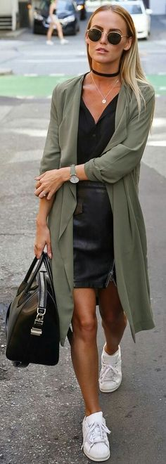 Olive + Black + zPop of White | https://outfitshunter.com/article/60-fall-street-style-trends-to-copy-right-now.