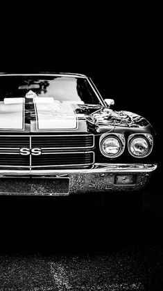 "The very popular Camrao A favorite for car collectors. The Muscle Car History Back in the and the American car manufacturers diversified their automobile lines with high performance vehicles which came to be known as ""Muscle Cars. Mustang Noir, Mustang Cars, Chevy Chevelle Ss, Chevy Ss, Bmw M Power, Chevy Muscle Cars, American Muscle Cars, Car Wallpapers, Amazing Cars"