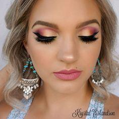 Makeup Geek Duochrome Eyeshadow in Karma + Makeup Geek Eyeshadows in Fuji, SImply Marlena and Taboo + Makeup Geek Foiled Eyeshadows in Magic Act and Pegasus + Makeup Geek Full Spectrum Eye Liner Pencil in Obsidian. Look by: Krystal Erlandson