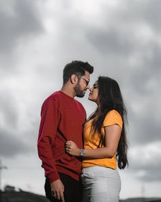 Indian Wedding Couple Photography, Photo Poses For Couples, Wedding Couple Poses Photography, Cute Couples Photos, Love Couple Photo, Couple Picture Poses, Couple Photoshoot Poses, Pre Wedding Poses, Pre Wedding Photoshoot