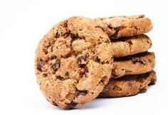American biscuits with almonds and chocolate chips - a picture of the recipe Sweet Cookies, 4 Ingredients, Biscuits, Muffins, Food And Drink, Easy Meals, Cupcakes, Pasta, Sweets