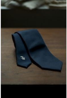 Drake's for The Armoury Navy Twill Tie http://www.thearmourystore.com/neckties/drake-s-for-the-armoury-navy-twill-tie