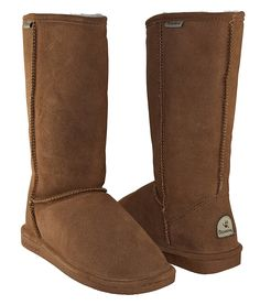 BEARPAW Women's Emma Short Shearling Boots Hickory (Chestnut) -- Special boots just for you. Ankle Booties, Bootie Boots, Women's Boots, Shoes Heels Pumps, Flat Shoes, Comfortable Boots, Shearling Boots, Snow Boots Women, Cool Boots