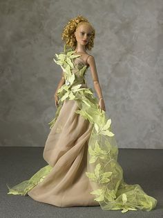 'Out of Winter' OOAK gown by Tom Courtney worn by Tonner's Jac - Photo: Storm Photo