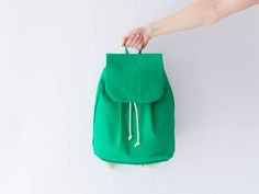 Nähpaket DIY-Kit Rucksack - Grasgrün von DIY Sewing Academy auf DaWanda.com
