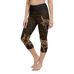 Workout with comfort and Show-off your Zodiac Sign in Taurus with these high-quality capri. This design is made to complement any body types. Show off that bum, be a head-turner, and workout in confidence. Aquarius Zodiac, Sagittarius, Crotch Area, Workout Leggings, Body Types, Squats, Zodiac Signs, Capri, Confidence