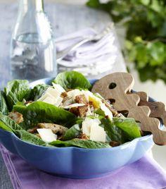 Caesar salad with rhye bread - Rukiinen caesarsalaatti, resepti – Ruoka.fi