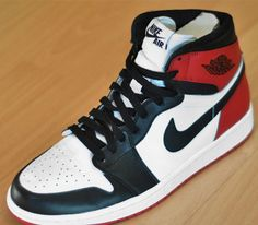 Nike Air Jordan I - Black Toe (Lato 2013) eca77f90f76d5