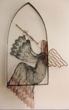 Angel Playing for You design - Lenka S. Handmade Angels, Handmade Crafts, Needle Lace, Bobbin Lace, Diy Angel Wings, Vintage Illustration, Angel Drawing, Lace Art, Angel Crafts