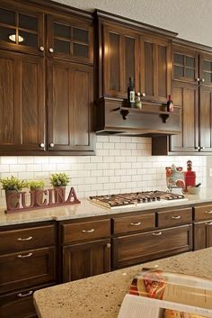 46 Stunning Kitchens Cabinet With Rustic Cabinets > Fieltro.Net 46 Stunning Kitchens Cabinet With Rustic Cabinets > Fieltro. Kitchen Cabinet Interior, Dark Wood Kitchen Cabinets, Dark Wood Kitchens, Brown Kitchens, Rustic Cabinets, Kitchen Cabinet Doors, Home Decor Kitchen, Home Kitchens, Kitchen Wood