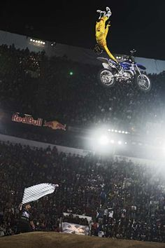 Red Bull X-Fighters 2013: Tom Pages gewinnt in Mexico