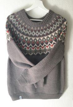 Pull tricoté main laine alpaga jacquard style islandais lopapeysa : Pulls…