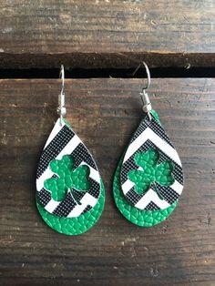 Saint Patrick, St Paddys Day, St Patricks Day, Leather Earrings, Leather Jewelry, Chevron, Baskets On Wall, Teardrop Earrings, Diy Jewelry
