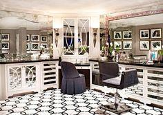 Bruce and Kris Jenner's Home - Kris' Beauty Salon