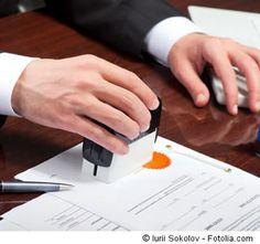 Prehľad často používaných doložiek a dojednaní v zmluvách medzi podnikateľmi.