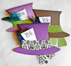 Mad Tea Party invitations @ the Mama Dramalogues - SO cute! Or just for after pics with the date? Mad Hatter Top Hat, Mad Hatter Party, Mad Hatter Tea, Alice In Wonderland Crafts, Wonderland Events, Tea Party Invitations, Invites, Invitation Ideas, Happy Unbirthday
