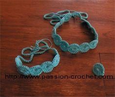 Parure collier, bracelet et bague au crochet - Fil coton bleu et crochet 2,5