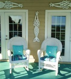 Outdoor Sea Life & Mermaid Wall Decor by Island Creek Designs - Coastal Decor Ideas Interior Design DIY Shopping Beach Cottage Style, Coastal Cottage, Coastal Decor, Coastal Living, Goin Coastal, Cottage Porch, House Porch, Porch Wall Decor, Beach House Decor