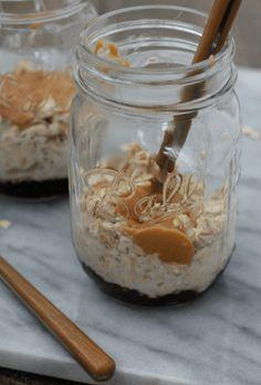 Peanut Butter & Jelly Overnight Oats #Welchs #WelchsChia [ad] @welchs at @publix!| casadecrews.com