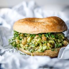 Veggie Recipes, Vegetarian Recipes, Healthy Recipes, A Food, Food And Drink, Sandwiches, Food Crush, Fabulous Foods, Food Inspiration