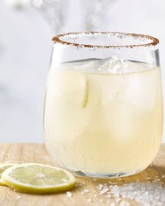 All About Tequila – Drinks Paradise Margarita Cocktail, Cocktail Drinks, Smoothie Drinks, Smoothies, Summer Decoration, Tequila Drinks, Gin And Tonic, Summer Cocktails, Sorbet