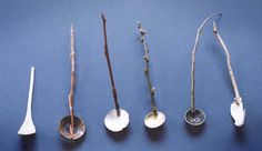 Spoons but jewels Ceramic Spoons, Wooden Spoons, Metal Work Table, Spoon Art, Pottery Workshop, Plaster Art, Handmade Paint, Sugar Spoon, Metal Bowl