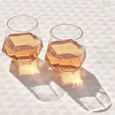 Impress your guests with this geometric mouth-blown crystal glass carafe and matching crystal glasses Whether you're serving whiskey, wine, white Crystal Glass Set, Faceted Crystal, Faceted Glass, Wine Glass Set, Crystal Glassware, Crystal Design, Fused Glass, Quartz Crystal, Design Shop
