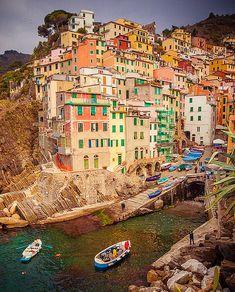 Riomaggiore / Cinque Terre | Flickr - Photo Sharing!