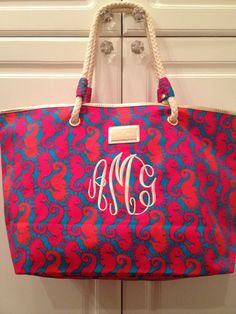 shoreline tote in hold you horses