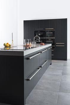 Kitchen Dining Living, Kitchen Decor, Living Room, Kitchen Island, Kitchen Cabinets, Internal Doors, Black Kitchens, Apartment Kitchen, Building A House
